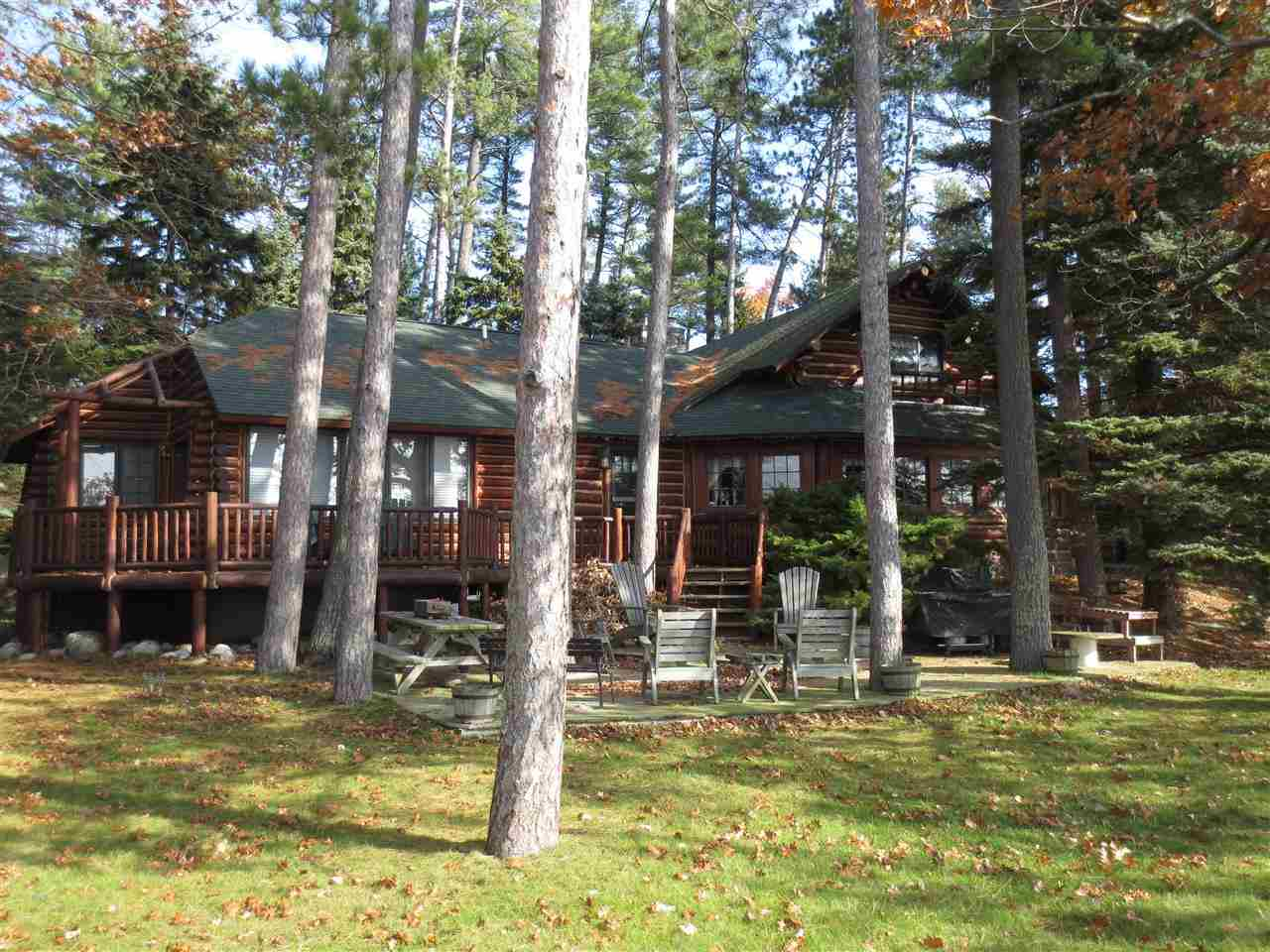 106 Flag Point Higgins Lake