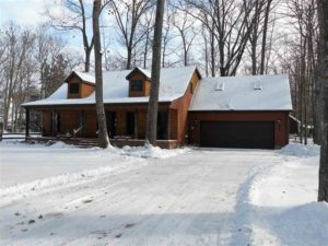 Sold! 215 Cardinal Ave Roscommon, MI 48653